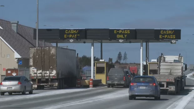 N.S. Transport Department reviewing closure of busy toll road due to early snow