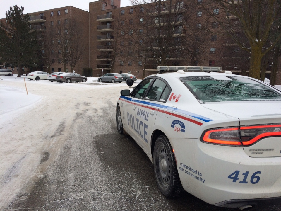 Barrie police investigating a homicide on Kozlov Street on March 14, 2017 (Rob Cooper/CTV Barrie)
