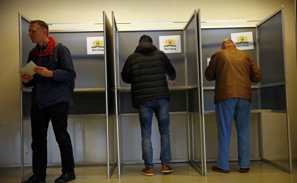 Polls open in Dutch election