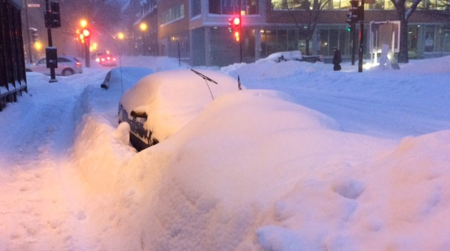 The snow was piled high on Ste-Rose St. (photo: Colin Niven / CTV Montreal)