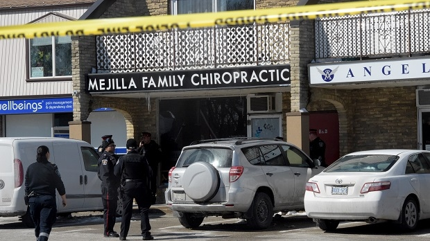 Police at the scene of a suspected shooting in Burlington on March 16, 2017. (Andrew Collins/CTV Toronto)