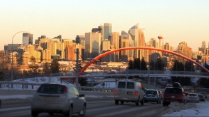 An undercover operation by the Automobile Protection Association found Calgary consumers are still more likely than not to be exposed to questionable sales tactics and advertising practices when they're trying to buy a new car – even after a government push to clean up the industry (W5).