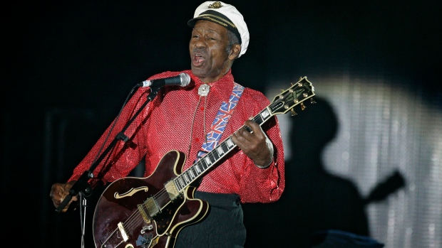 Chuck Berry, Rock 'N' Roll Icon, Dies at Age 90