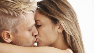 Sex can help bond couples together and strengthen relationships reports new research. (Yuri/istock.com)
