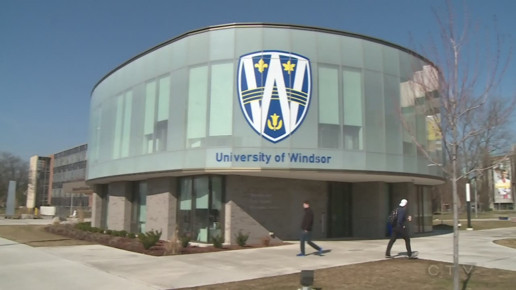 "UWindsor has top spot on ""Canada's Rising Stars"""