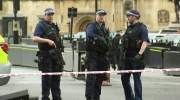 LIVE4: View of police activity in London