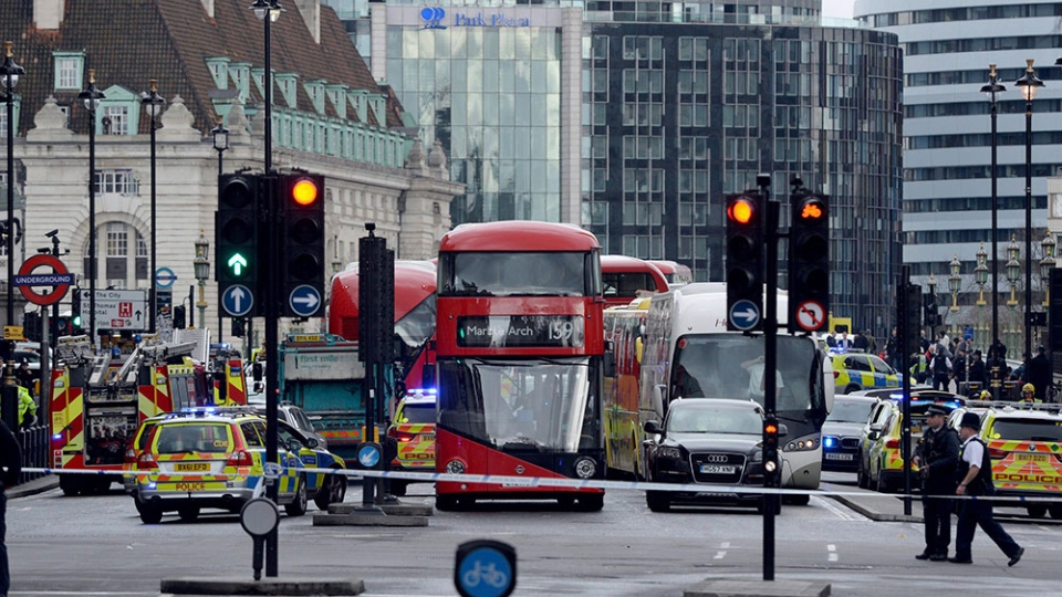 Roads are closed off by police close to the Houses of Parliament, London, on March 22, 2017. (Victoria Jones/PA via AP)