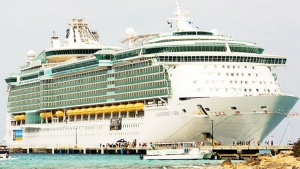 Royal Caribbean's Independence of the Seas. (Source: rocklegendscruise.com)