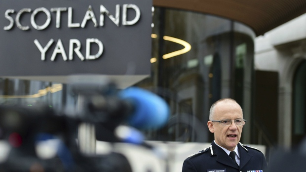 Metropolitan Police counterterrorism chief Mark Rowley speaks to the media about the terrorist attack, outside New Scotland Yard in London on Friday March 24, 2017. (Lauren Hurley / PA)