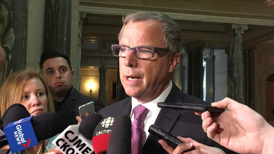 Saskatchewan Premier Brad Wall talks to members of the media in Regina, Tuesday, March 7, 2017. (Jennifer Graham / THE CANADIAN PRESS)
