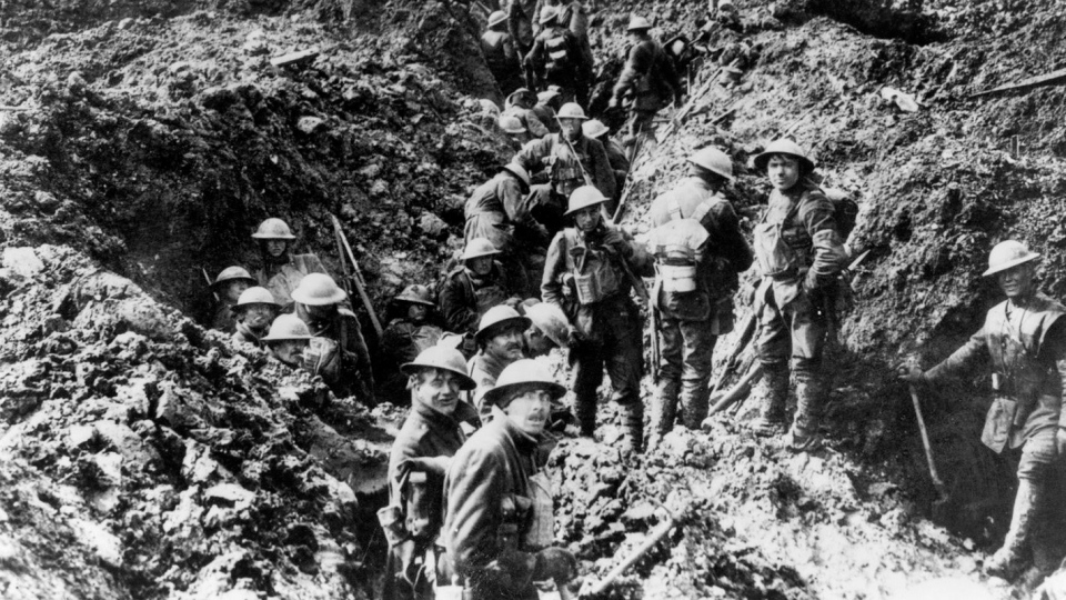 Canadian soldiers man the trenches at Vimy Ridge in 1917 during the First World War. (THE CANADIAN PRESS)