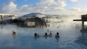 Tourists keen to explore Iceland's natural beauty will have to pay more from next year. © Colin13362 / Istock.com