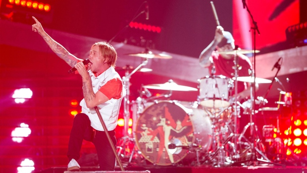 Billy Talent perform at the Juno awards show Sunday April 2, 2017 in Ottawa. (Sean Kilpatrick / THE CANADIAN PRESS)