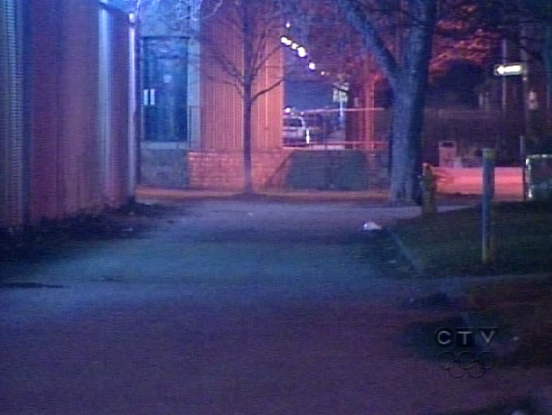 Four swarmings were reported in the Annex on March 17, 2009. One person was stabbed.