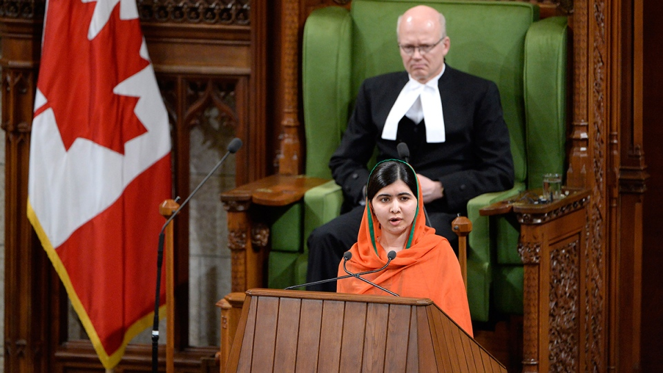 Pakistani activist and Nobel Peace Prize winner Malala Yousafzai addresses the House of Commons on Parliament Hill in Ottawa on Wednesday, April 12, 2017. (Adrian Wyld / THE CANADIAN PRESS)