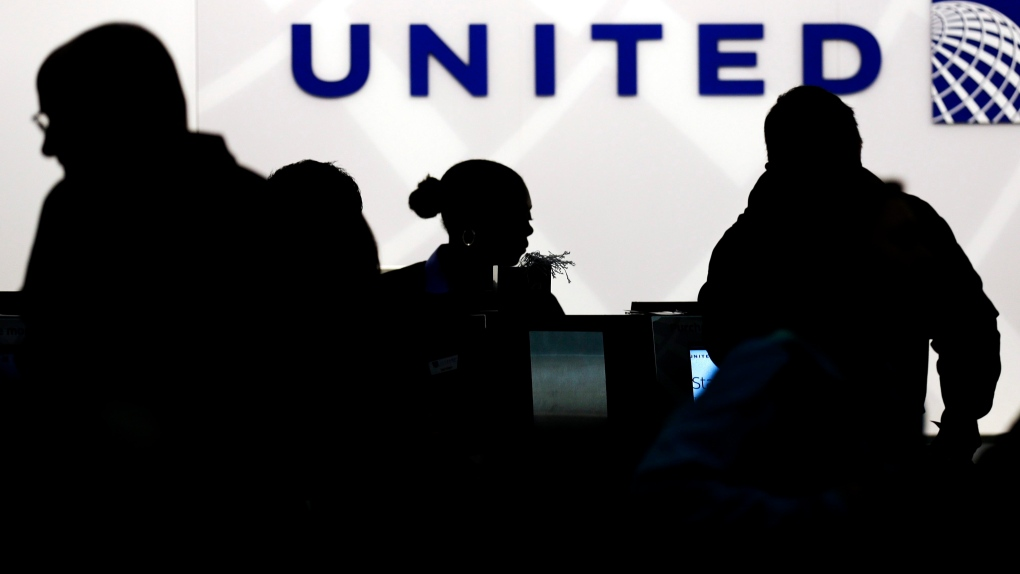 United Airlines counter