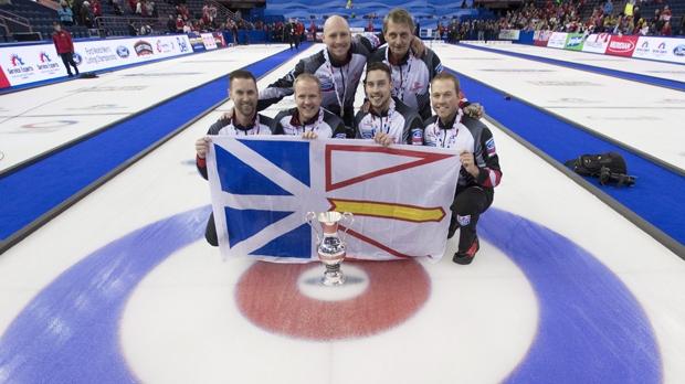 Winnipeg's McEwen beats world champion Gushue