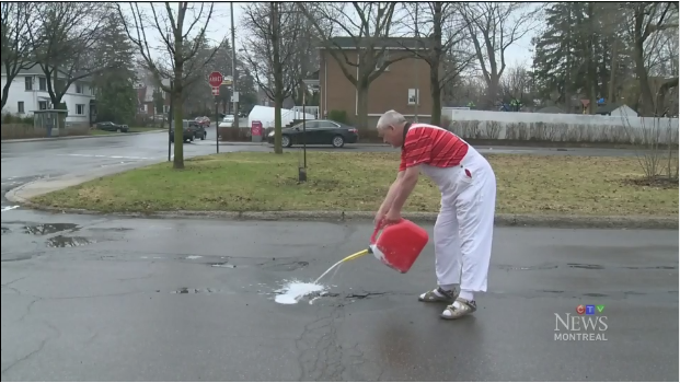 Cote-Des-Neiges-NDG city councillor Jeremy Searle is painting around the potholes in his borough, a move that colleagues at city hall have dismissed as a publicity stunt.