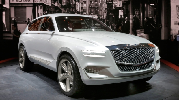 Hydrogen fuel cell Genesis GV80 concept