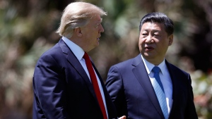 U.S. President Donald Trump, left, and Chinese President Xi Jinping at Mar-a-Lago, in Palm Beach, Fla., on  April 7, 2017. (Alex Brandon / AP)