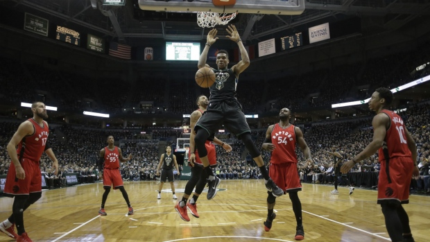 Bucks crush Raptors in dominant performance