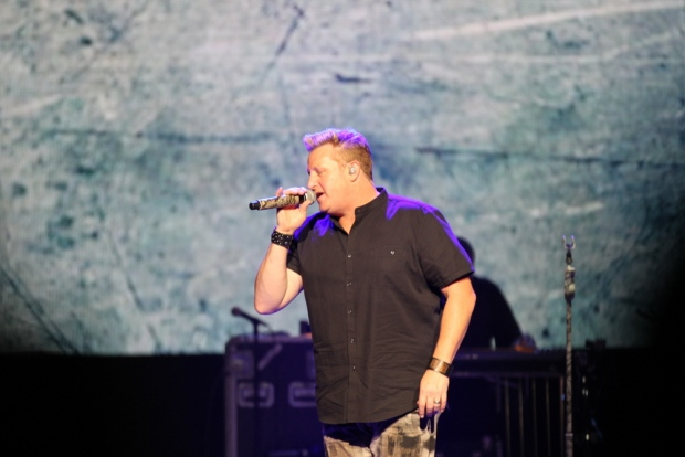 Rascal Flatts performs at Caesars Windsor in Windsor, Ont., on Friday, April 21, 2017. (Melanie Borrelli / CTV Windsor)