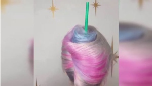 Kelly Woodford dyed her client's hair to resemble Starbucks' popular Unicorn Frappuccino.