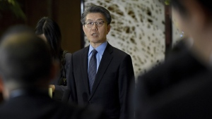 Kim Hong Kyun, special representative for Korean Peninsula Peace and Security Affairs at South Korean Foreign Ministry, speaks to journalists following a meeting with Japan and U.S. chief nuclear negotiators about North Korean issues at the Iikura guesthouse in Tokyo Tuesday, April 25, 2017. (Toru Yamanaka/Pool Photo via AP)