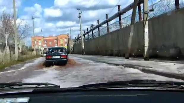 Torrents of juice flood Russian town after factory accident