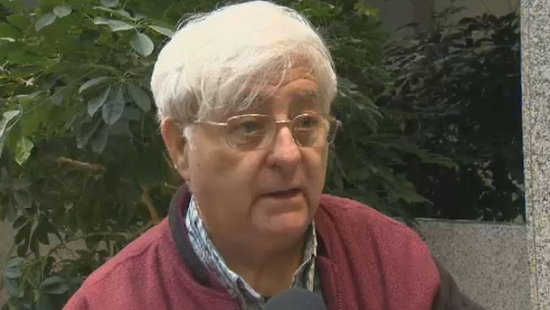 Reg Andrews hopes his meeting with the N.S. health minister helps him find a family doctor for his wife.