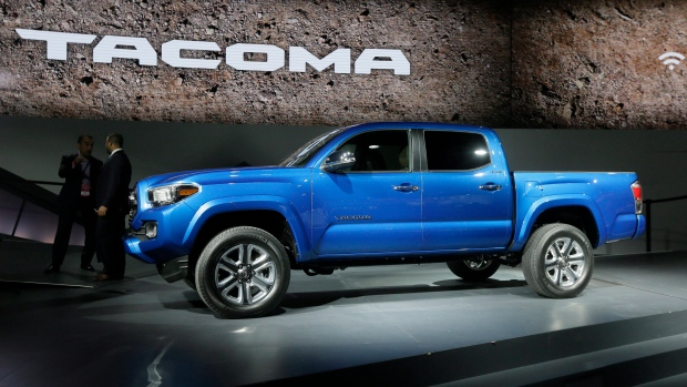 toyota recalls 250k tacoma pickups rear wheels can lock. Black Bedroom Furniture Sets. Home Design Ideas