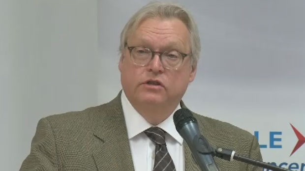 Health Minister Gaetan Barrette called a meeting to deal with the abrupt resignation of MUHC board members