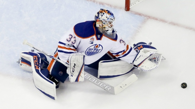 Edmonton Oilers goalie Cam Talbot blocks a shot against the Anaheim Ducks during the second period in Game 2 of a second-round NHL hockey Stanley Cup playoff series in Anaheim, Calif., Friday, April 28, 2017. (AP / Chris Carlson)