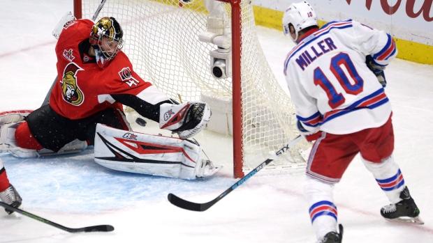 Ottawa Senators goalie Craig Anderson