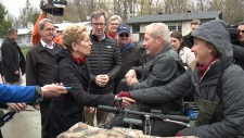 Ont. Premier Wynne meets with Cumberland residents