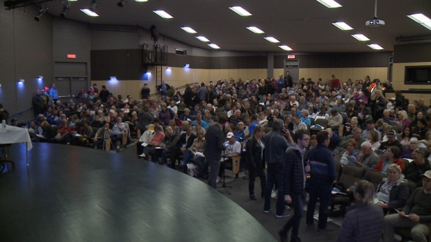 Gatineau flood meeting