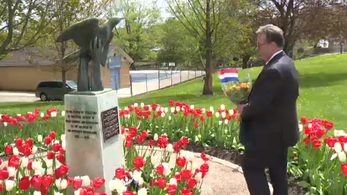 Stratford's Wounded Bird statue was rededicated by Princess Margriet. (May 14, 2017)
