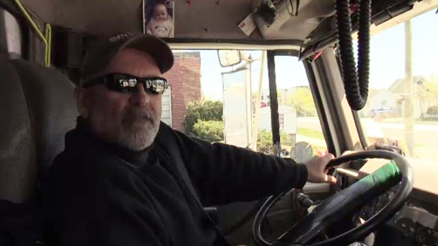Tow Truck Saskatoon >> Tow truck driver who helped police catch murderer honoured ...