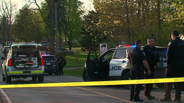 Girl, 10, dies after being struck by vehicle in Hamilton's west end