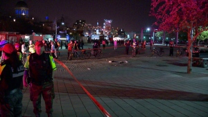 Police search for the culprit after a stabbing in Old Montreal during the 375th celebrations (photo: Cosmo Santamaria / CTV Montreal)