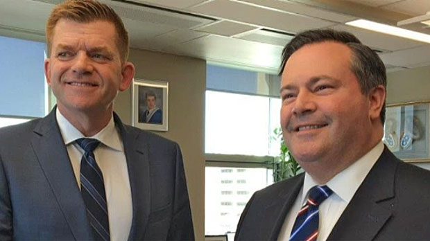 Sources say Alberta PCs, Wildrose have agreed to merge in tentative deal