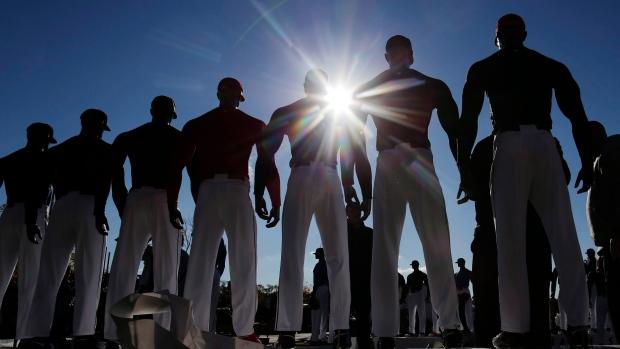 Facebook will host live-streamed Major League Baseball  games this season