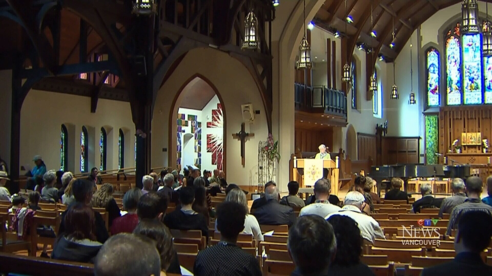 The opioid crisis plaguing Metro Vancouver was the focus of a special interfaith memorial service that drew hundreds of people on May 18, 2017. (CTV)