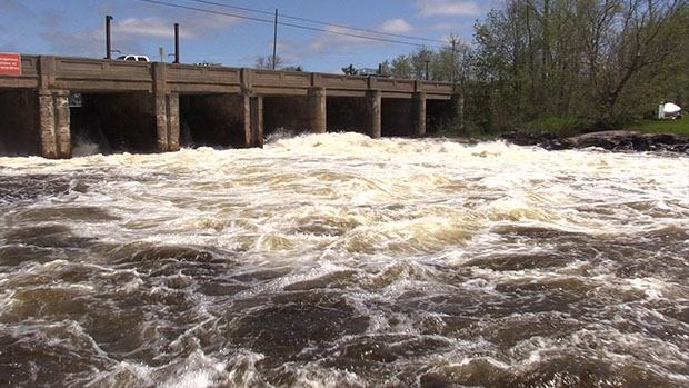 High water levels have forced Parks Canada to close the Trent-Severn Waterway. (Roger Klein/ CTV Barrie)
