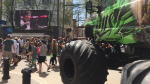 Saskatchewan Rush fans rally in downtown Saskatoon on Friday, May 19, 2017. (Mark Villani/CTV Saskatoon)