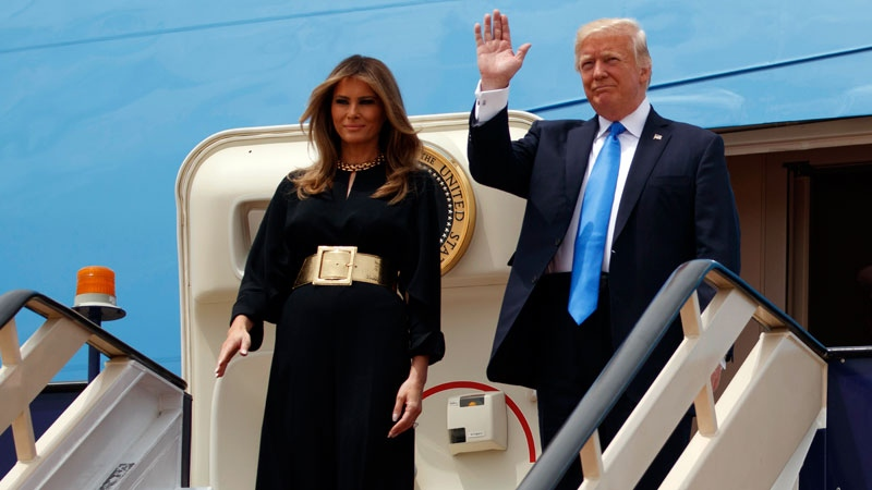 First lady Melania and U.S. President Donald Trump arrive for a welcome ceremony at the Royal Terminal of King Khalid International Airport, Saturday, May 20, 2017, in Riyadh. (AP /Evan Vucci)