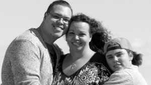 Heidi Veit, middle, is seen here with her two sons, Cole, left, and Zachary. (supplied)