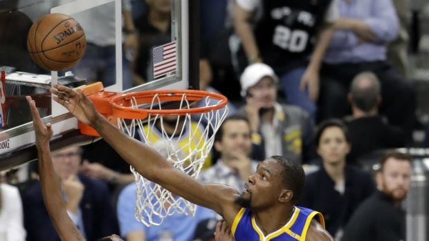 Warriors sweep Spurs to make third straight trip to the NBA Finals