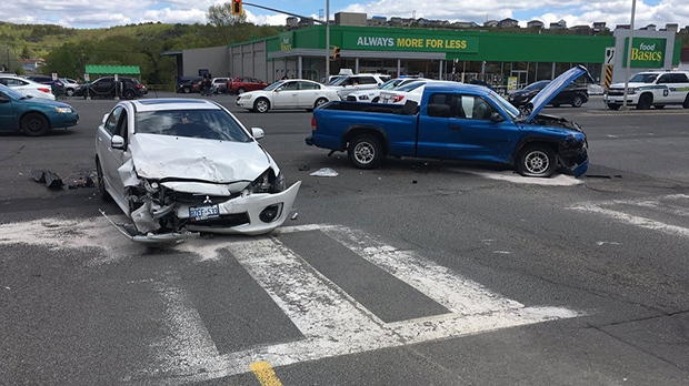 Sudbury police officials said a woman left the scene of an accident on Tuesday. (ClaudeSharma/CTVNorthernOntario)