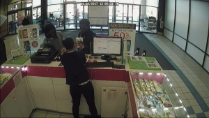 CTV Ottawa: Theft surveillance video, pt. 2